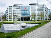 """Swiss-Life-Verwaltungsgebäude an der Berliner Straße âÄ"""" das wird in ein Riesenhotel umgewandelt, zumindest gibt es Pläne dafür."""
