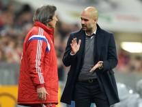 Fussball 1 Bundesliga Saison 2014 2015 16 Spieltag FC Bayern Muenchen SC Freiburg 16 12 2014 Tra