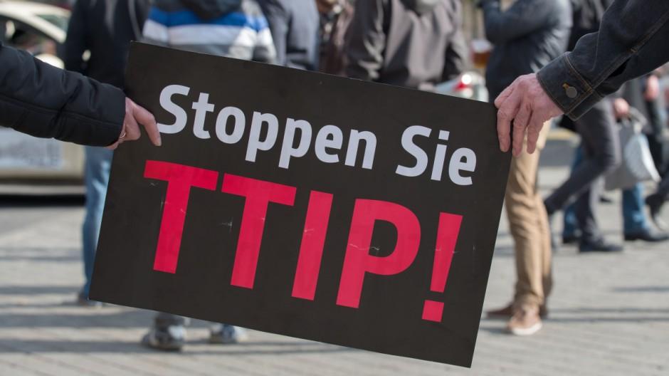 Aktion gegen geplante Freihandelsabkommen