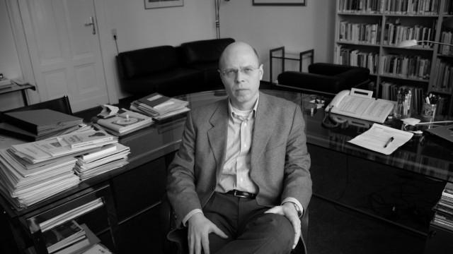 Prof. Dr. Klaus Beier