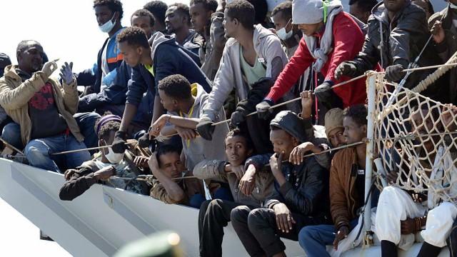 Flüchtlinge Flüchtlingsdebatte im Bundestag