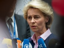 Verteidigungsausschuss des Bundestags berät über G36-Affäre
