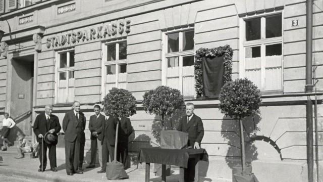 Die Sechs vom Rathausplatz