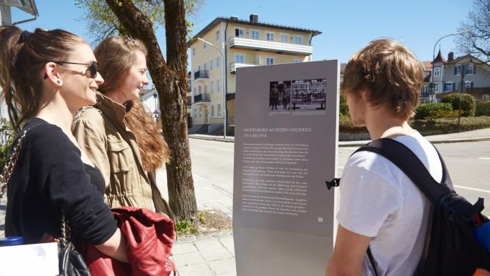 Hindenburgstraße Stelen