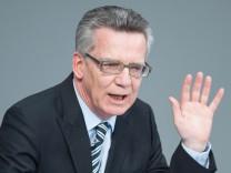 Bundestagsdebatte zur Flüchtlingskatastrophe