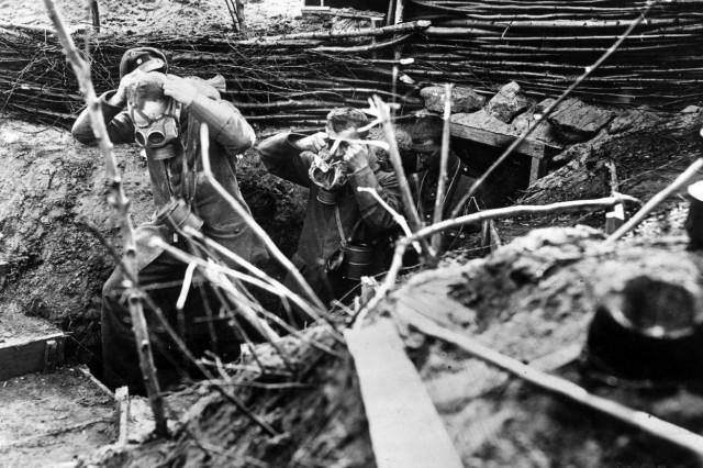 Gasangriff auf deutsche Soldaten an der Westfront, 1917