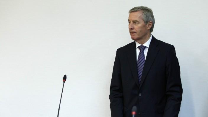 Current co-chief executive of Deutsche Bank Fitschen arrives in courtroom in Munich