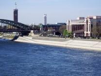 Exklusive Begehung des neuen Kölner Rheinboulevards Eröffnung geplant für Sommer 2015 Köln 21 04