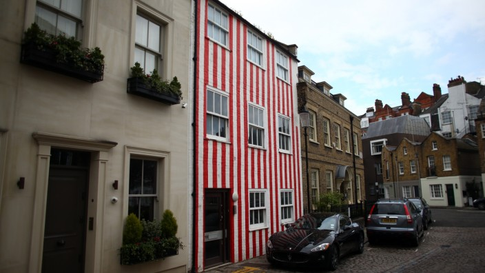 Kensington Council Orders Stripy House In Planning Dispute To Be Re-painted