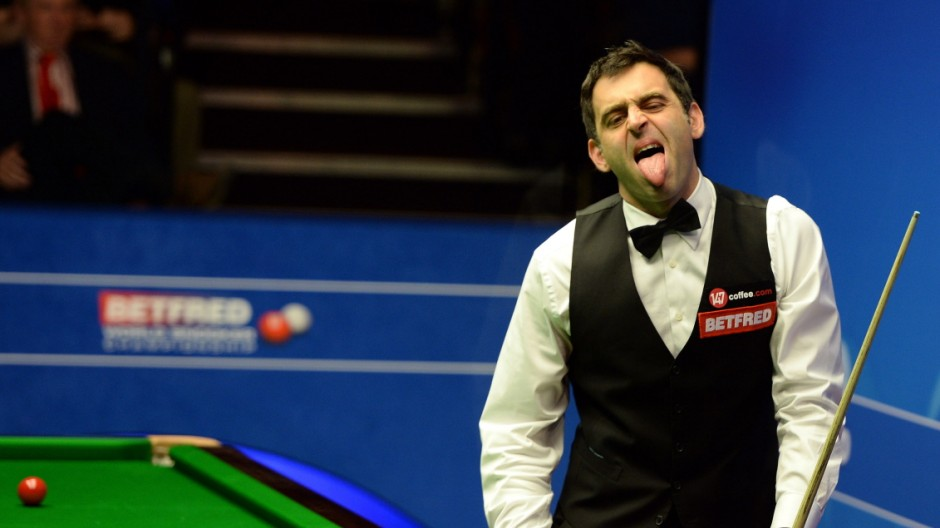 ***BESTPIX*** 2015 Betfred World Snooker Championship - Day 5