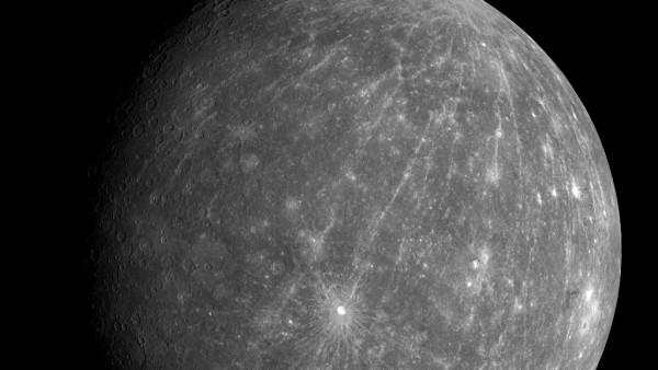 Raumsonde 'Messenger' fliegt an Merkur vorbei