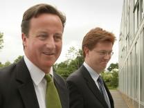 Premier David Cameron (Tories) und Minister Danny Alexander (Lib Dems)