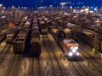 Güterzüge auf einem Rangierbahnhof in Hagen