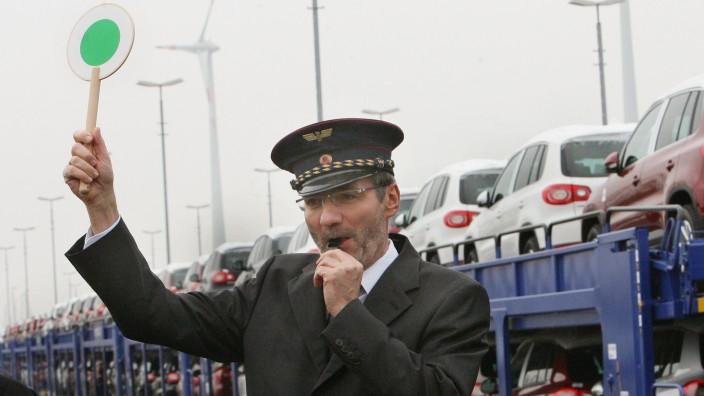 Bahn schlägt Platzeck als Vermittler in GDL-Tarifstreit vor