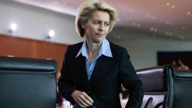 Süddeutsche Zeitung Politik Affäre um Sturmgewehr