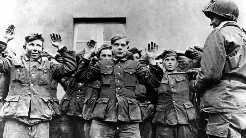 60 Jahre Kriegsende - gefangene deutsche Soldaten
