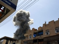 Saudi-led coalition bombs residence of former Yemeni President