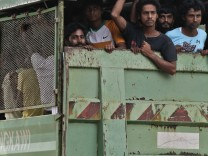 Bangladeshi and Rohingya migrants arrive in Langkawi