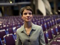 Deutschland Bremen Hotel Maritim AfD Parteitag 2015 AfD Sprecherin Dr Frauke Petry 30 01 2015