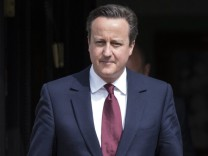 British Prime Minister David Cameron meets SNP leader Nicola Stur