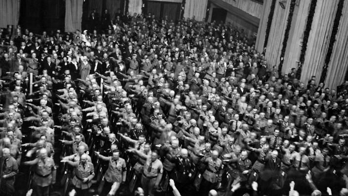 Bekanntgabe der Nürnberger Rassengesetze, 1935