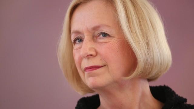 Wanka Replaces Schavan As Education Minister
