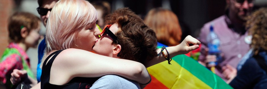 Early results suggest gay marriage supporters win referendum