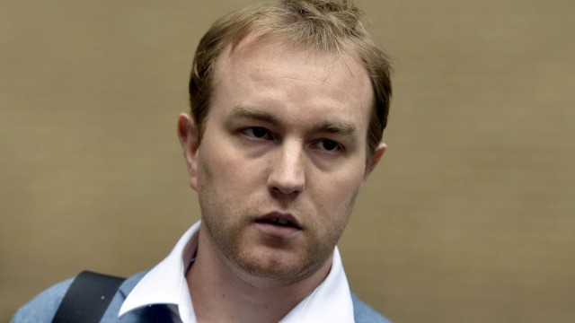 Former trader Tom Hayes leaves Southwark Crown Court in London