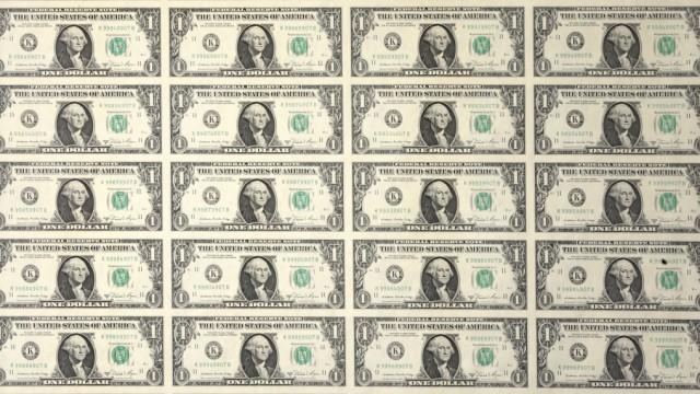 Bogen mit Dollarscheinen