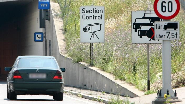Österreich: Verkehrsüberwachung auf der Autobahn