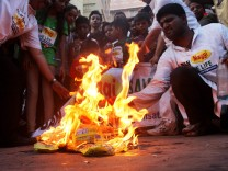 Protest against unsafe instant noodles in India