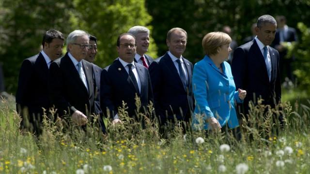 Matteo Renzi, Jean-claude Juncker; Shinzo Abe; Francois Hollande; Stephen Harper;Donald Tusk; Angela Merkel; Barack Obama