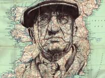 Alte Menschen auf alten Karten