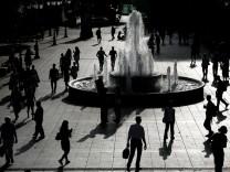 Leben in Griechenland: der Syntagma-Platz in Athen