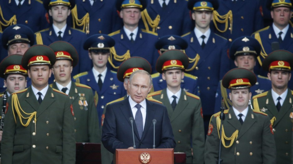 Russian President Vladimir Putin visits Army-2015 international m