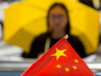 Hong Kong lawmakers block controversial electoral reform plan