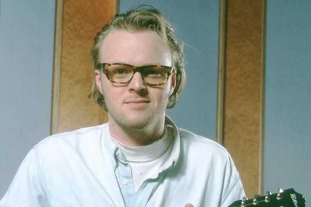 Stefan Raab 02 96 mo Mann TV Moderation Musik VIVA Unterhaltung dunkelhaarig Brille leger Jeanshemd