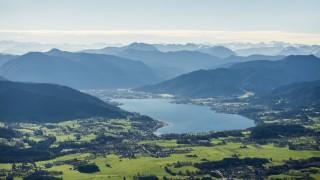 Luftaufnahme Tegernsee und Alpen Oberbayern Bayern Deutschland Europa ibldjs03835514 jpg