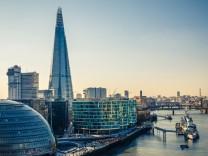 """London mit Themse und """"The Shard"""""""