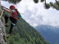 Schützensteig: Klettersteig am Kleinen Jenner im Berchtesgardener Land über dem Königssee