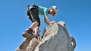 Klettersteig Zauchensee : Familie im klettersteig kind am abgrund reise süddeutsche
