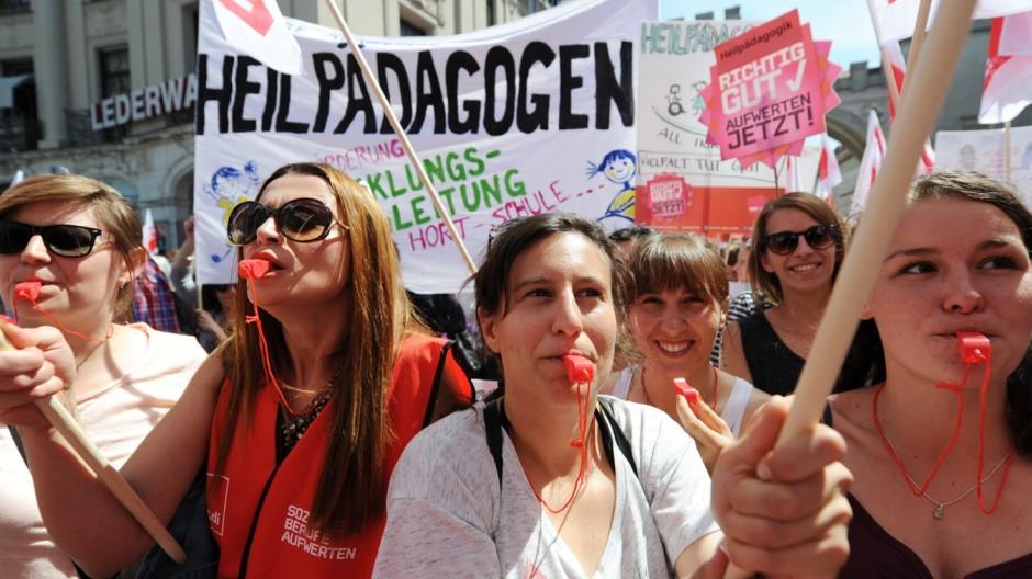 Erzieherinnenstreik in München, 2015