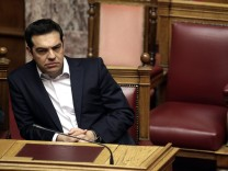 Debate on the referendum in the plenary session at the Greek Parl