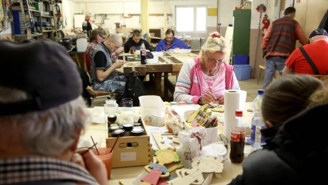 25 04 2014 Herten In der Franz Hahn Werkstatt der Caritas Herten werden Langzeitarbeitslose resozial