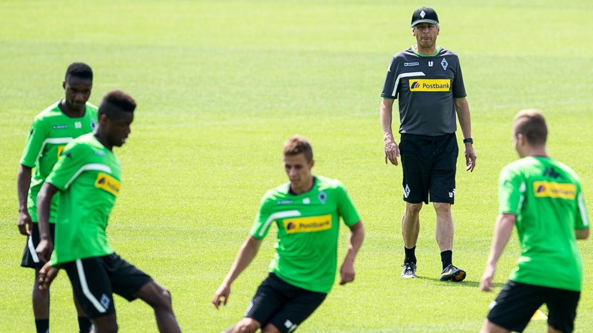 Gladbach Favre Ruhrt Den Champions League Kuchen Sport
