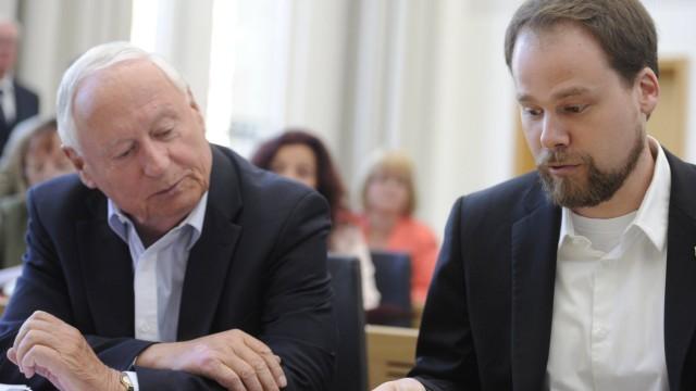 Plenarsitzung des Saarländischen Landtages am Mittwoch 22 04 2015 in Saarbrücken Die Abgeordneten