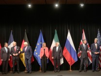 Wang Yi, Laurent Fabius, Frank Walter Steinmeier, Federica Mogherini, Javad Zarif,  Philip Hammon, John Kerry