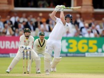England v Australia - Investec Ashes Test Series Second Test