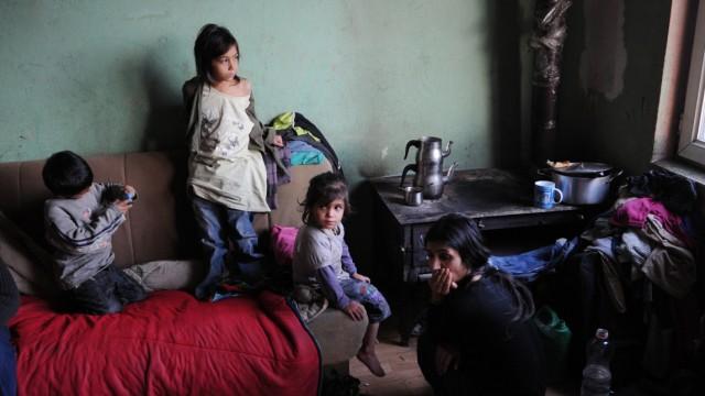 Abgeschobene Roma im Kosovo