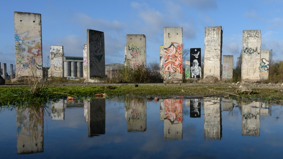 24 Jahre Mauerfall - Mauerelemente
